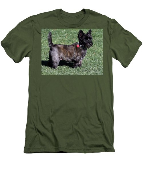Toto's Sister Sweetpee Men's T-Shirt (Athletic Fit)