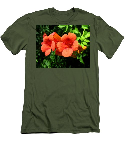 Wild Trumpet Vine Men's T-Shirt (Athletic Fit)