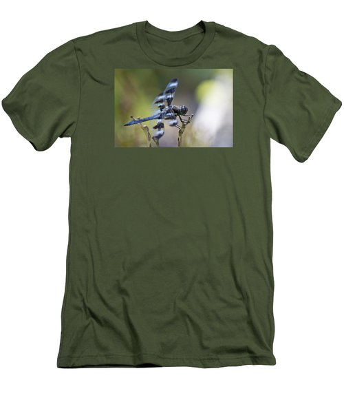 Twelve Spot Hanging Out Men's T-Shirt (Slim Fit) by Shelly Gunderson