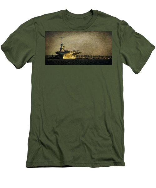 Uss Yorktown Cv10 Men's T-Shirt (Athletic Fit)