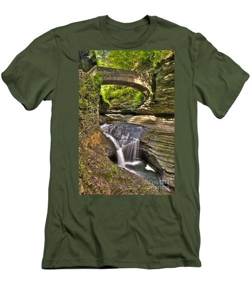 Watkins Glen Waterfalls Men's T-Shirt (Slim Fit)