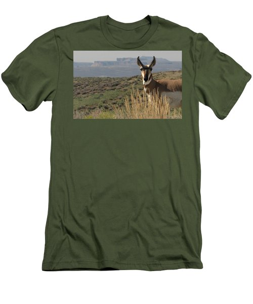 Wyoming Pronghorn Men's T-Shirt (Athletic Fit)
