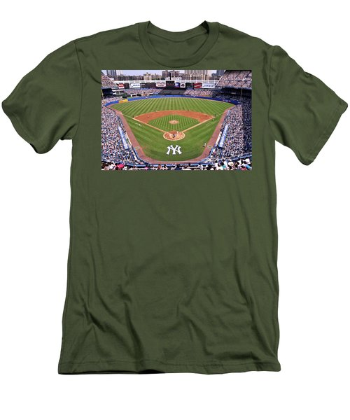 Yankee Stadium Men's T-Shirt (Athletic Fit)