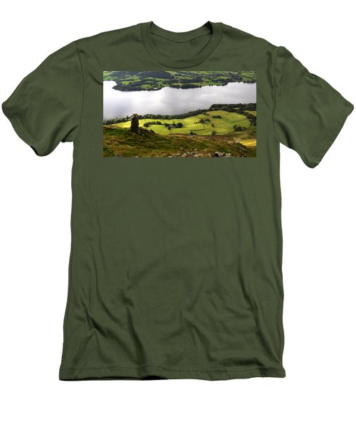 Lake District  Men's T-Shirt (Athletic Fit)