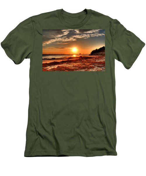 A Day Ends Over Charleston Men's T-Shirt (Athletic Fit)