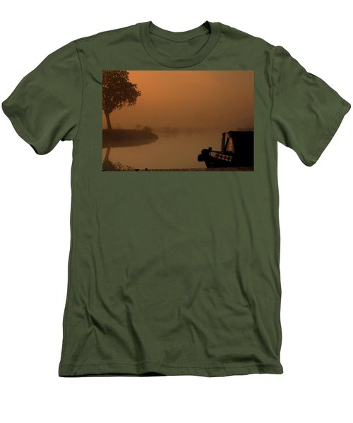 A Nice Place Men's T-Shirt (Athletic Fit)