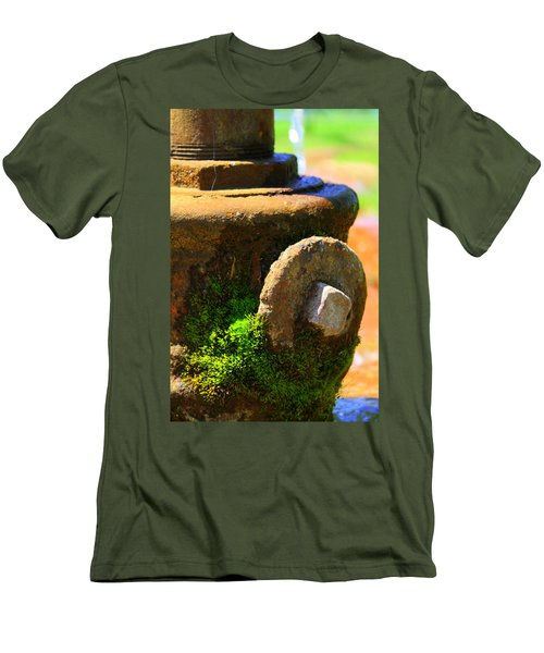 Aged Men's T-Shirt (Athletic Fit)