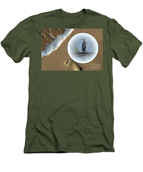 Beached Heron Men's T-Shirt (Athletic Fit)