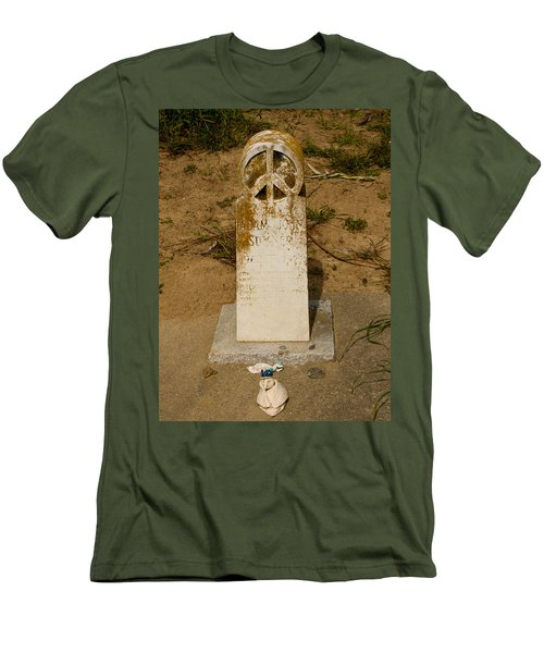 Bodega Bay Cemetery Men's T-Shirt (Athletic Fit)