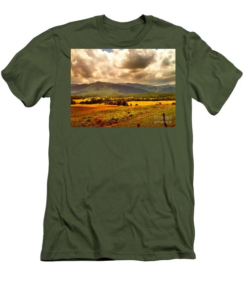 Cades Cove Men's T-Shirt (Athletic Fit)