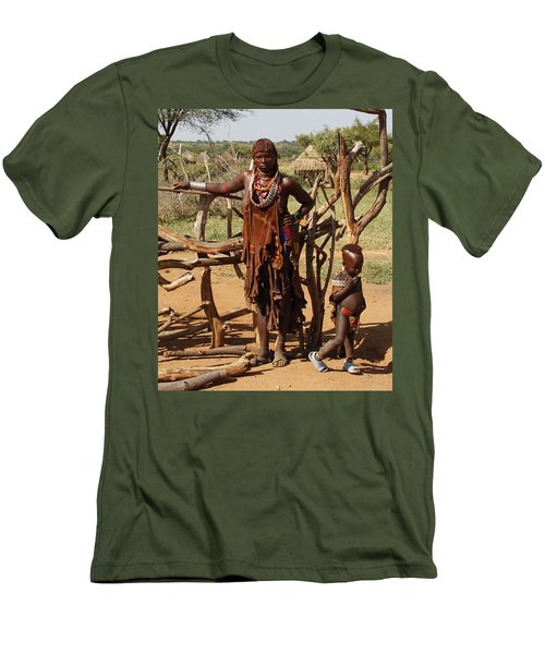 Ethiopia-south Mother And Baby No.2 Detail B Men's T-Shirt (Athletic Fit)
