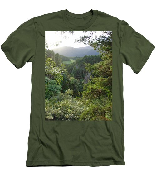 Foyers Valley Men's T-Shirt (Athletic Fit)