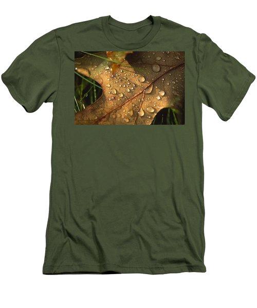 Morning Dew On Oak Leaf Men's T-Shirt (Athletic Fit)