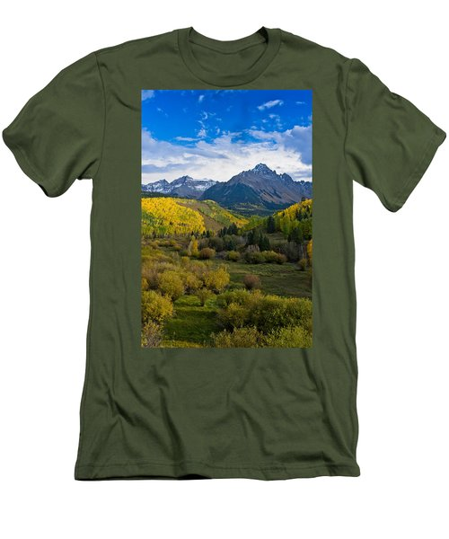 Mount Sneffels Under Autumn Sky Men's T-Shirt (Athletic Fit)