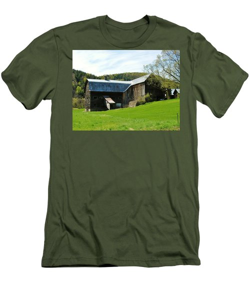 Men's T-Shirt (Slim Fit) featuring the photograph Old Vermont Barn by Sherman Perry