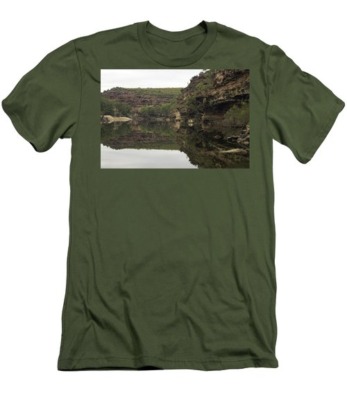 Ross Graham Gorge Men's T-Shirt (Athletic Fit)