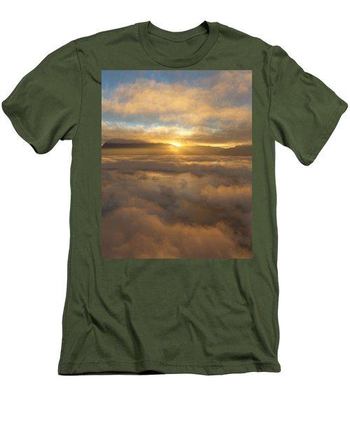 Silver Lake Sunrise Men's T-Shirt (Athletic Fit)