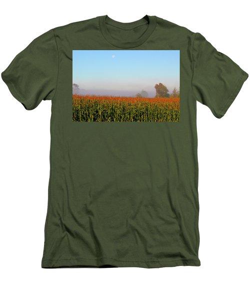 Cornfield Moonset Men's T-Shirt (Athletic Fit)