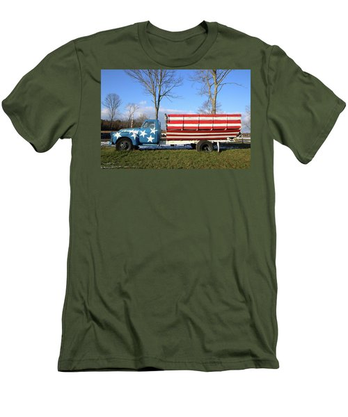 Farm Truck Wading River New York Men's T-Shirt (Athletic Fit)