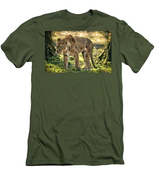 Lioness Men's T-Shirt (Athletic Fit)