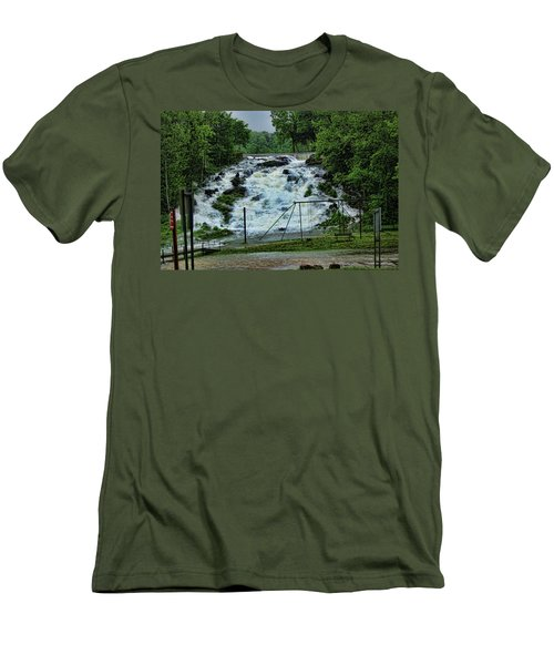 Lots Of Rain Men's T-Shirt (Athletic Fit)