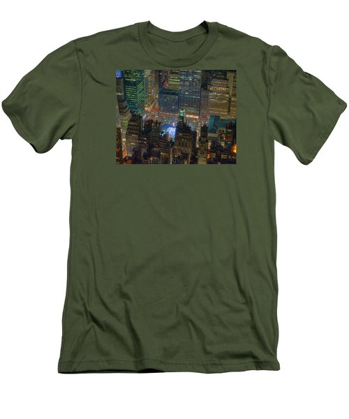 Manhattan Skyline 274 Men's T-Shirt (Athletic Fit)