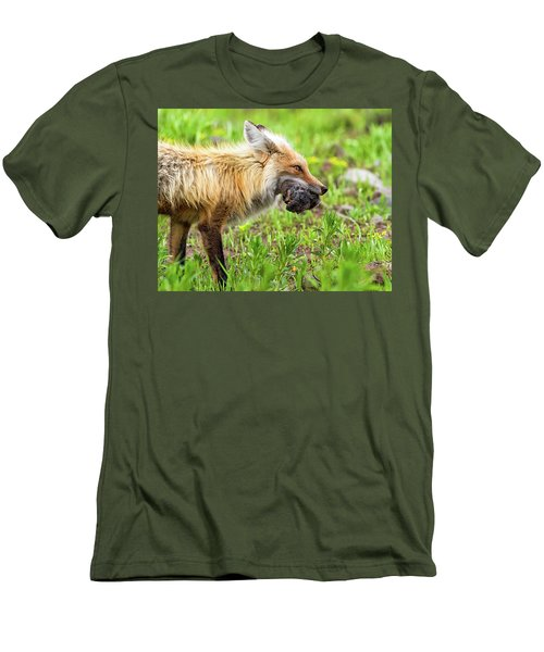 Out Foxed  Men's T-Shirt (Athletic Fit)