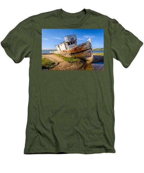 Pt Reyes Men's T-Shirt (Athletic Fit)