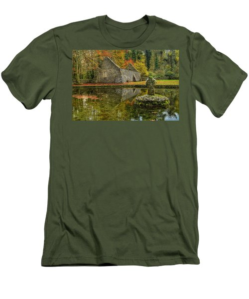 Saint Patrick's Well Men's T-Shirt (Athletic Fit)