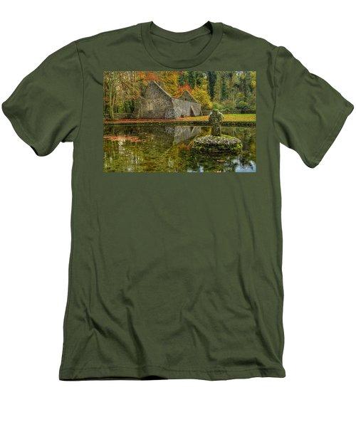 Saint Patrick's Well Men's T-Shirt (Athletic Fit)