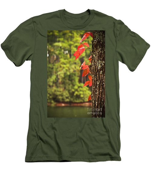 Scenic Elder Lake Men's T-Shirt (Athletic Fit)