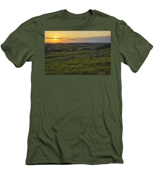 Sunset Over Killdeer Badlands Men's T-Shirt (Athletic Fit)