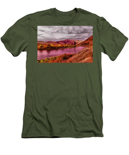Men's T-Shirt (Slim Fit) featuring the photograph The Yakima River by Jeff Swan