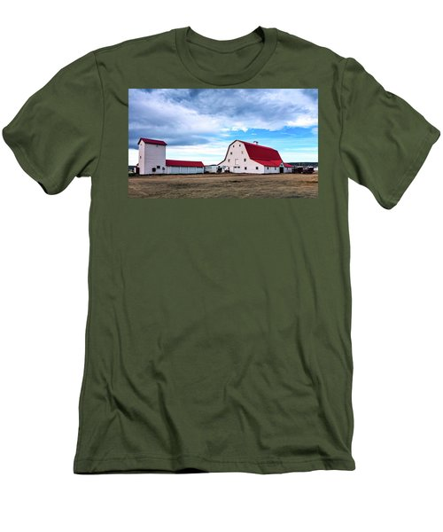 Wyoming Ranch Men's T-Shirt (Slim Fit) by L O C