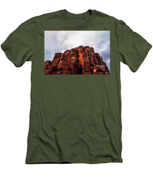 Giant's Causeway Men's T-Shirt (Athletic Fit)