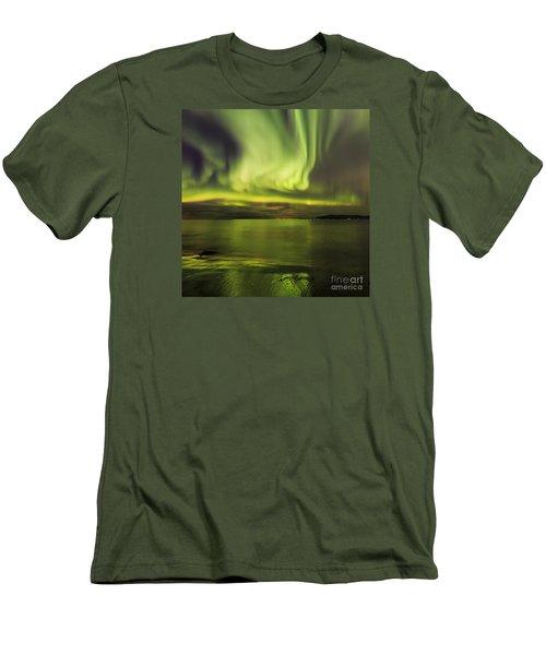 Northern Lights Reykjavik Men's T-Shirt (Slim Fit) by Gunnar Orn Arnason