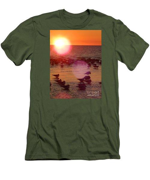 3422 Men's T-Shirt (Athletic Fit)