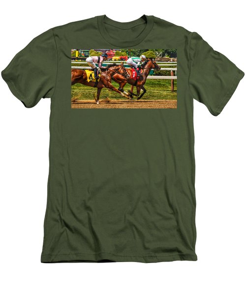 4 Gaining Men's T-Shirt (Athletic Fit)