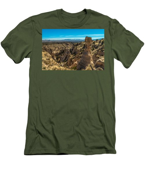 Kasha-katuwe Tent Rocks Men's T-Shirt (Athletic Fit)