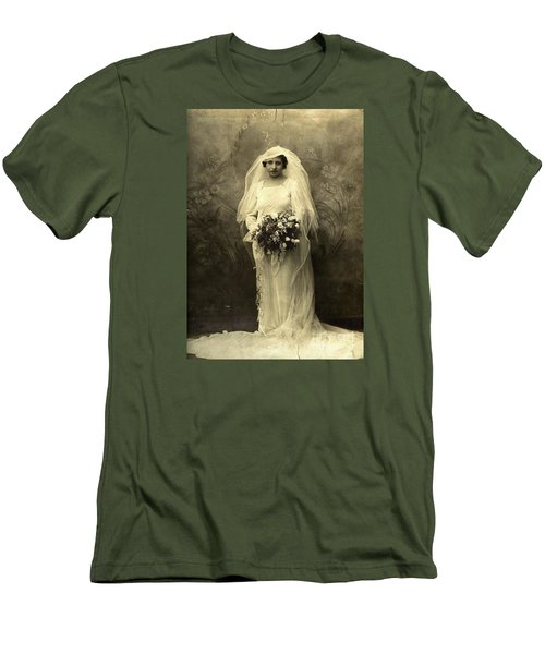 A Beautiful Vintage Photo Of Coloured Colored Lady In Her Wedding Dress Men's T-Shirt (Athletic Fit)