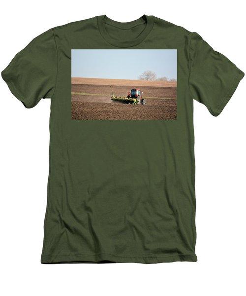 A Farmers Life Men's T-Shirt (Athletic Fit)