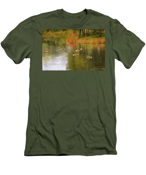 A Gaggle Of Geese Men's T-Shirt (Athletic Fit)