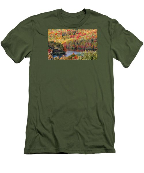 A Tennessee Autumn Men's T-Shirt (Athletic Fit)