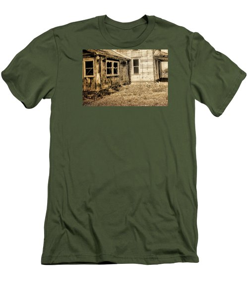 Abandoned House 3 Men's T-Shirt (Athletic Fit)