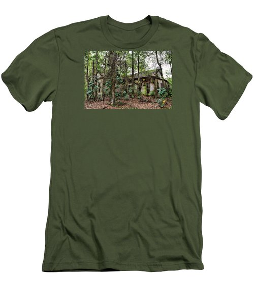 Abandoned House In Alabama Men's T-Shirt (Athletic Fit)