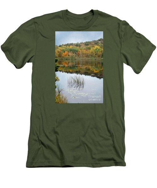 Acadia Autumn Men's T-Shirt (Athletic Fit)
