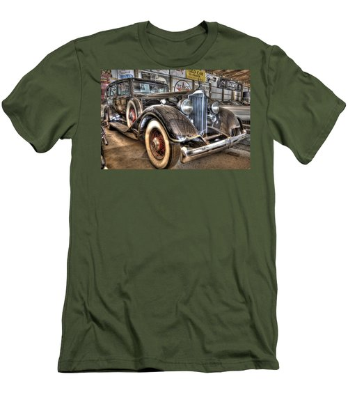 Al Capone's Packard Men's T-Shirt (Athletic Fit)