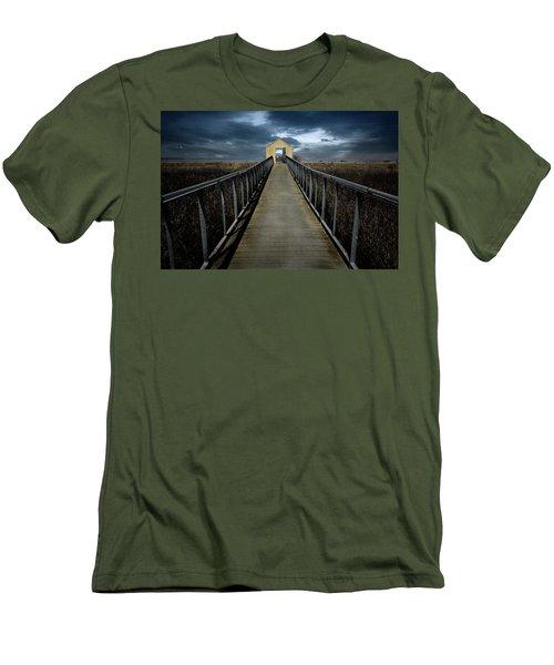 Alviso, California Men's T-Shirt (Athletic Fit)