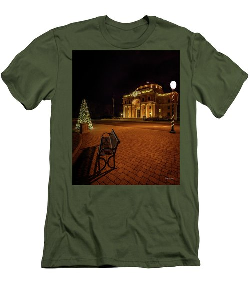 An Atascadero Christmas Men's T-Shirt (Athletic Fit)
