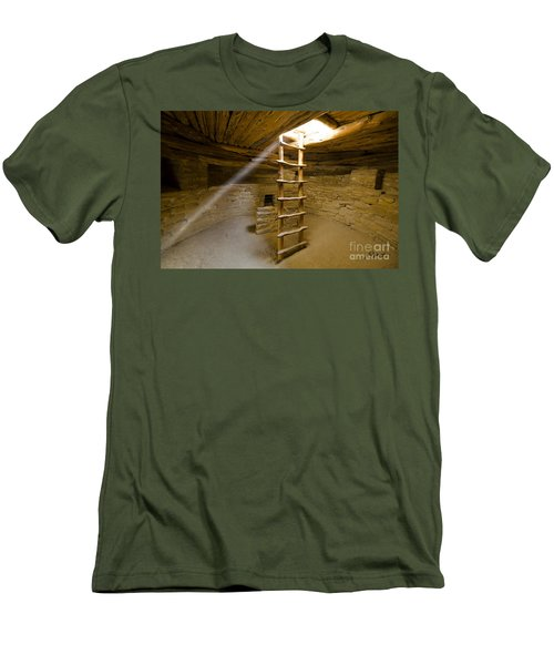 Ancient Kiva Men's T-Shirt (Athletic Fit)